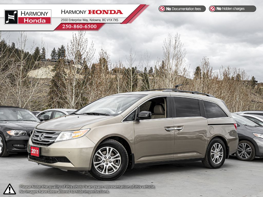 Pre-Owned 2011 Honda Odyssey EX-L RES - BC VEHICLE - ONE OWNER - NON SMOKER - SUNROOF - BACKUP CAM - BLUETOOTH - LEATHER INTERIOR