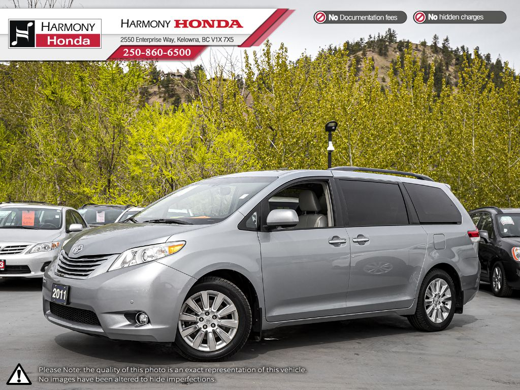 Pre-Owned 2011 Toyota Sienna XLE Limited - BC VEHICLE - NO ACCIDENTS - BACKUP CAM - NAVI SYSTEM - BLUETOOTH - PANORAMIC SUNROOF