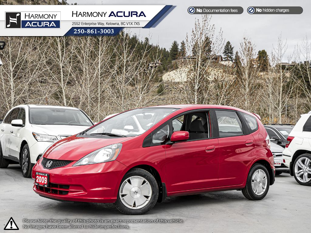 Pre-Owned 2009 Honda Fit LX - NEW FRONT TIRES - FUN TO DRIVE - GREAT ON GAS