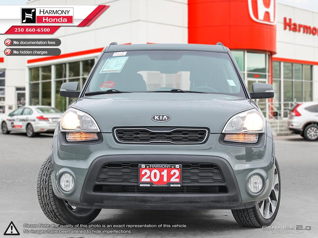 pre owned 2012 kia soul non smoking eco drive backup camera sunroof heated seats. Black Bedroom Furniture Sets. Home Design Ideas