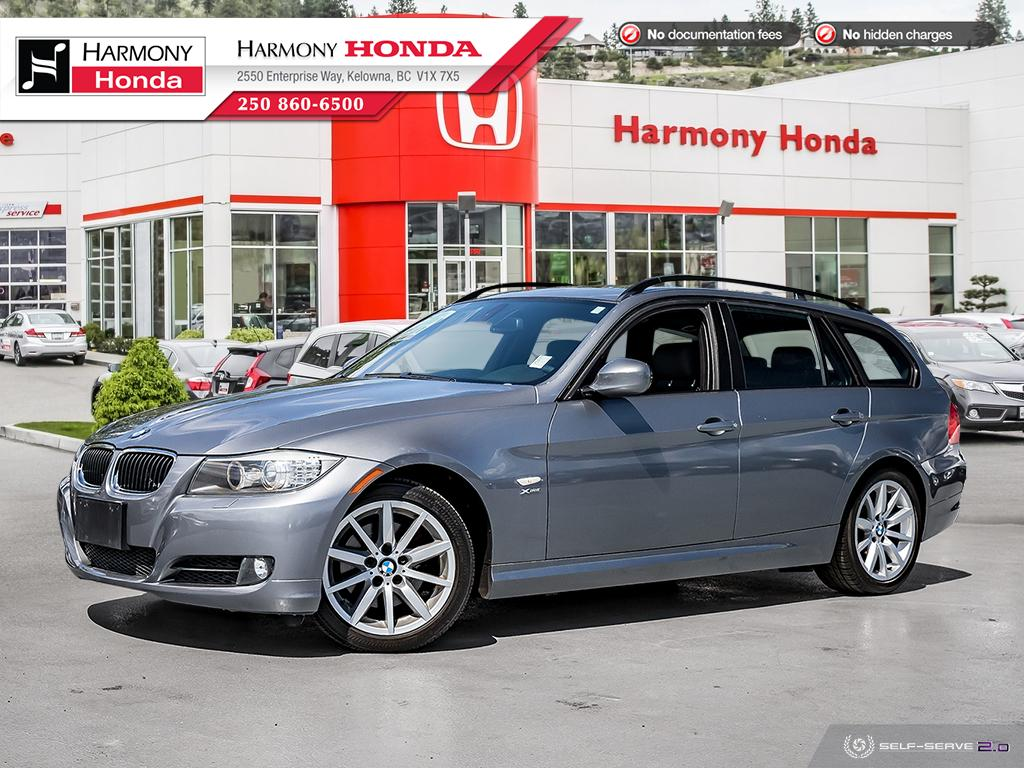 Pre-Owned 2009 BMW 3 Series 328I XDRIVE - BC VEHICLE - NON-SMOKER DRIVEN - NO PETS - LOW KMS - HEATED SEATS - PUSH BUTTON START